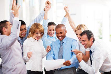 چگونه در محیط کاری شاداب و پرانرژی باشیم